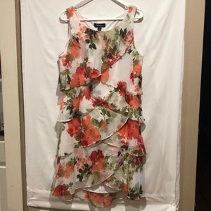 S.L. Fashions size 16 floral tiered shift dress